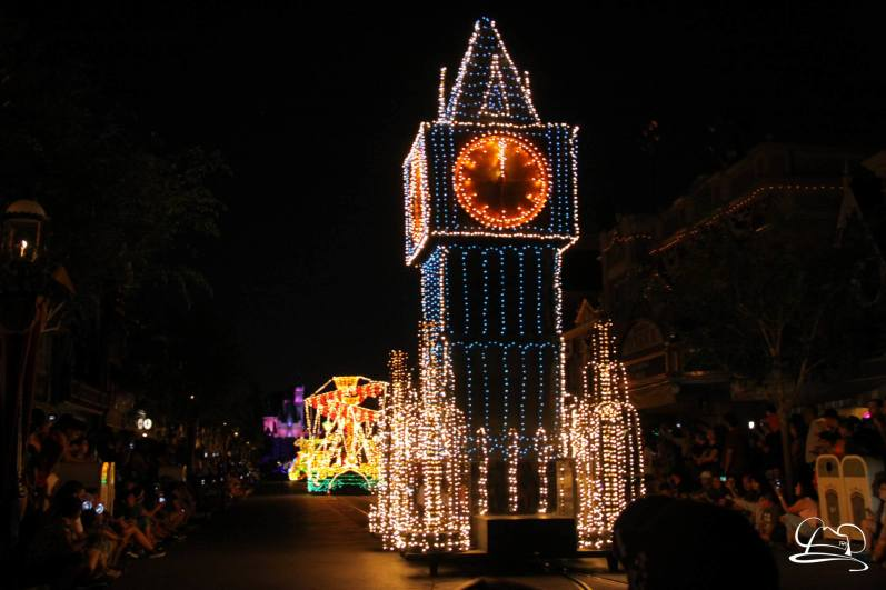 DisneylandMainStreetElectricalParade_45thAnniversary-42