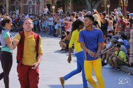 Disney_Descendants_Disneyland_Pre_Parade-16