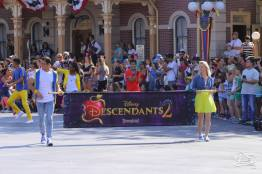 Disney_Descendants_Disneyland_Pre_Parade-3