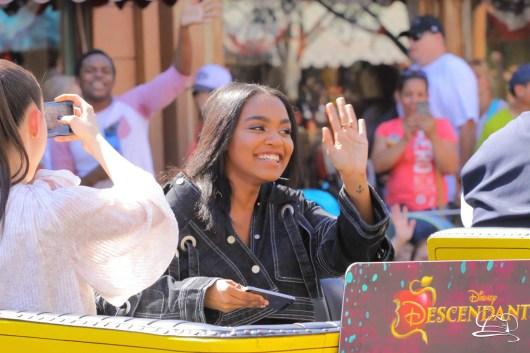 Disney_Descendants_Disneyland_Pre_Parade-31