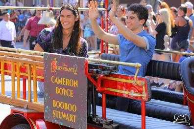 Disney_Descendants_Disneyland_Pre_Parade-39
