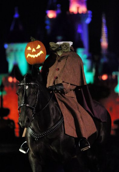 MICKEY'S HALLOWEEN PARTY (ANAHEIM, Calif.) – The Headless Horseman has risen from the shadowy depths of Sleepy Hollow to herald the arrival of a procession of frightfully delightful fiends down Main Street, U.S.A. As the legend foretells, this eerie Halloween spirit silently holds a flickering jack-o-lantern to light his way—in search of a new head to call his own. Mickey's Halloween Party runs for 14 select nights beginning Wednesday, Sept. 20, 2017. (Scott Brinegar/Disneyland Resort)