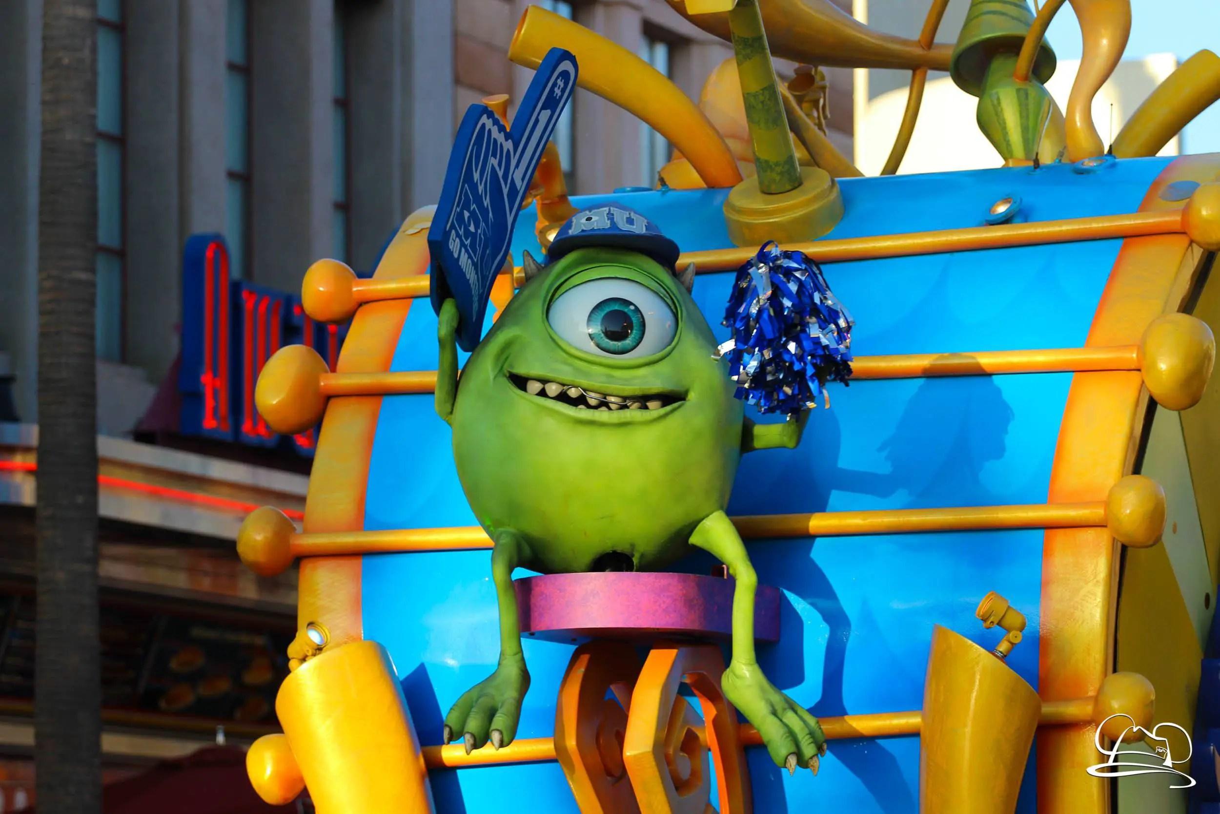 """Resultado de imagem para """"Pixar Play Parade"""""""