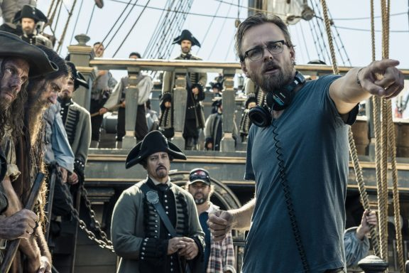 "Disney's ""PIRATES OF THE CARIBBEAN: DEAD MEN TELL NO TALES""..Director Joachim Rønning on set...©Disney Enterprises, Inc. All Rights Reserved."