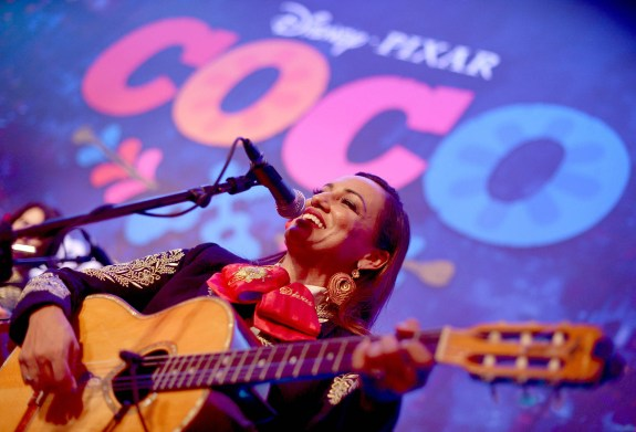 """HOLLYWOOD, CA - NOVEMBER 08: Mariachi Divas perform at the U.S. Premiere of Disney-Pixarís """"Coco"""" at the El Capitan Theatre on November 8, 2017, in Hollywood, California. (Photo by Charley Gallay/Getty Images for Disney)"""