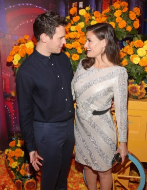 "HOLLYWOOD, CA - NOVEMBER 08: Actors Jonathan Groff (L) and Idina Menzel of ""Olafís Frozen Adventure"" at the U.S. Premiere of Disney-Pixarís ""Coco"" at the El Capitan Theatre on November 8, 2017, in Hollywood, California. ""Olafís Frozen Adventure"" featurette opens in front of Disney-Pixarís original feature ìCocoî for a limited time. (Photo by Jesse Grant/Getty Images for Disney) *** Local Caption *** Jonathan Groff; Idina Menzel"