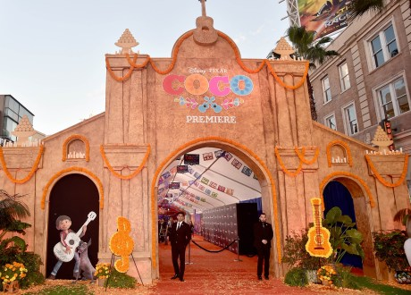 "HOLLYWOOD, CA - NOVEMBER 08: A view of the atmosphere at the U.S. Premiere of Disney-Pixarís ""Coco"" at the El Capitan Theatre on November 8, 2017, in Hollywood, California. (Photo by Alberto E. Rodriguez/Getty Images for Disney)"