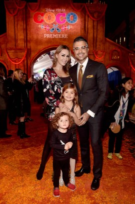 """HOLLYWOOD, CA - NOVEMBER 08: Actor Jaime Camil (R) and family at the U.S. Premiere of Disney-Pixarís """"Coco"""" at the El Capitan Theatre on November 8, 2017, in Hollywood, California. (Photo by Alberto E. Rodriguez/Getty Images for Disney) *** Local Caption *** Jaime Camil"""