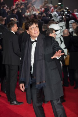 LONDON, UK DECEMBER 12: Benicio Del Toro attends the European Premiere of Star Wars: The Last Jedi in the presence of HRH Duke of Cambridge and HRH Prince Harry at the Royal Albert Hall in London, UK on Tuesday 12th December 2017. *** Local Caption *** Benicio Del Toro