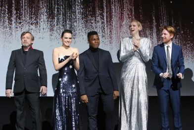LOS ANGELES, CA - DECEMBER 09: (L-R) Actors Mark Hamill, Daisy Ridley, John Boyega, Gwendoline Christie and Domhnall Gleeson at Star Wars: The Last Jedi Premiere at The Shrine Auditorium on December 9, 2017 in Los Angeles, California. (Photo by Jesse Grant/Getty Images for Disney) *** Local Caption *** Mark Hamill; Daisy Ridley; John Boyega; Gwendoline Christie; Domhnall Gleeson