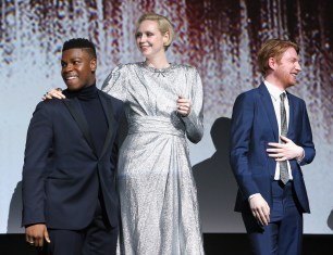 LOS ANGELES, CA - DECEMBER 09: (L-R) Actors John Boyega, Gwendoline Christie and Domhnall Gleeson at Star Wars: The Last Jedi Premiere at The Shrine Auditorium on December 9, 2017 in Los Angeles, California. (Photo by Jesse Grant/Getty Images for Disney) *** Local Caption *** John Boyega; Gwendoline Christie; Domhnall Gleeson