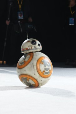 BB-8 arrives on the red carpet for the world premiere of LucasfilmÕs Star Wars: The Last Jedi at the Shrine Auditorium in Los Angeles, December 9, 2017..(Photo: Alex J. Berliner / ABImages ).