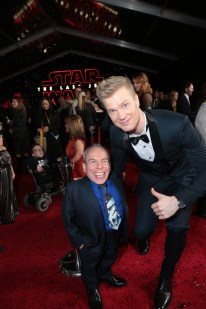 Warwick Davis and Joonas Suotamo pose together on the red carpet for the world premiere of LucasfilmÕs Star Wars: The Last Jedi at the Shrine Auditorium in Los Angeles, December 9, 2017..(Photo: Alex J. Berliner / ABImages )