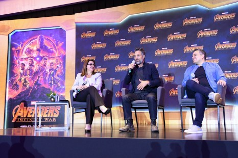 Victoria Alonso (Executive Producer), Mark Ruffalo (Bruce Banner/Hulk) and Joe Russo (Director) of Avengers: Infinity War at the press conference in Mexico City.