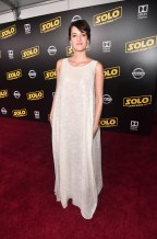 HOLLYWOOD, CA - MAY 10: Phoebe Waller-Bridge attends the world premiere of ìSolo: A Star Wars Storyî in Hollywood on May 10, 2018. (Photo by Alberto E. Rodriguez/Getty Images for Disney) *** Local Caption *** Phoebe Waller-Bridge