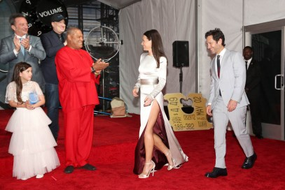 """HOLLYWOOD, CA - JUNE 25: (L-R) Executive Producer Louis D'Esposito, actor Abby Ryder Fortson, Producer Kevin Feige, and actors Laurence Fishburne. Evangeline Lilly, and Paul Rudd attend the Los Angeles Global Premiere for Marvel Studios' """"Ant-Man And The Wasp"""" at the El Capitan Theatre on June 25, 2018 in Hollywood, California. (Photo by Jesse Grant/Getty Images for Disney) *** Local Caption *** Paul Rudd; Evangeline Lilly; Louis D'Esposito; Abby Ryder Fortson; Kevin Feige; Laurence Fishburne"""