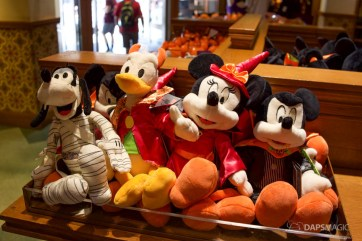 2018 Halloween Merchandise at the Disneyland Resort-18