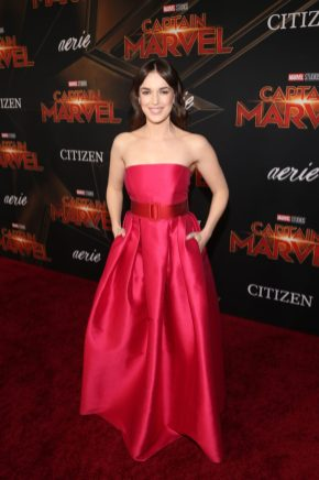 "HOLLYWOOD, CA - MARCH 04: Actor Elizabeth Henstridge attends the Los Angeles World Premiere of Marvel Studios' ""Captain Marvel"" at Dolby Theatre on March 4, 2019 in Hollywood, California. (Photo by Jesse Grant/Getty Images for Disney) *** Local Caption *** Elizabeth Henstridge"
