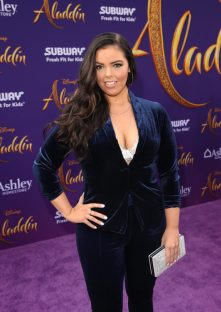 """LOS ANGELES, CA - MAY 21: Miranda May attends the World Premiere of Disney's """"Aladdin"""" at the El Capitan Theater in Hollywood CA on May 21, 2019, in the culmination of the film's Magic Carpet World Tour with stops in Paris, London, Berlin, Tokyo, Mexico City and Amman, Jordan. (Photo by Jesse Grant/Getty Images for Disney) *** Local Caption *** Miranda May"""