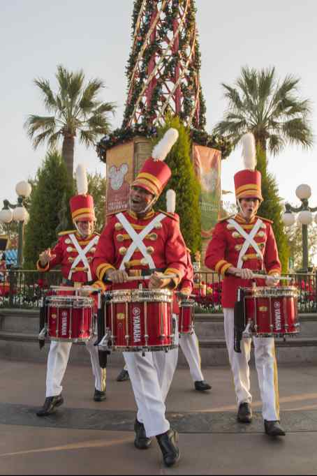The Disneyland Resort transforms into the Merriest Place on Earth for the holiday season, Nov. 8, 2019, through Jan. 6, 2020. Among the merriment at Disney California Adventure Park, Disney Festival of Holidays returns with guest-favorite experiences and entertainment, including the sights, sounds and tastes of Christmas/Navidad, Hanukkah, Diwali, Kwanzaa and Three Kings Day (Jan. 3-6). (Joshua Sudock/Disneyland Resort)