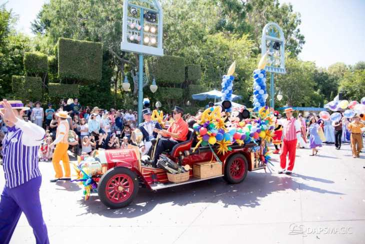 Disneyland 64th Birthday Cavalcade-100