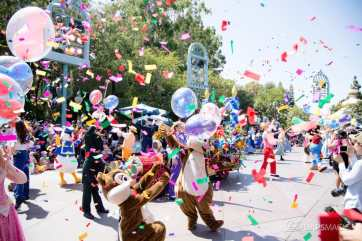Disneyland 64th Birthday Cavalcade-84