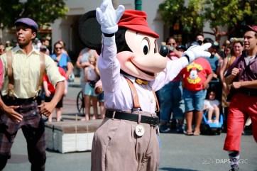Final Performance Red Car Trolley News Boys at Disney California Adventure-19