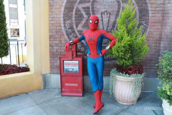 Spider-Man With New Suit at Disney California Adventure-10