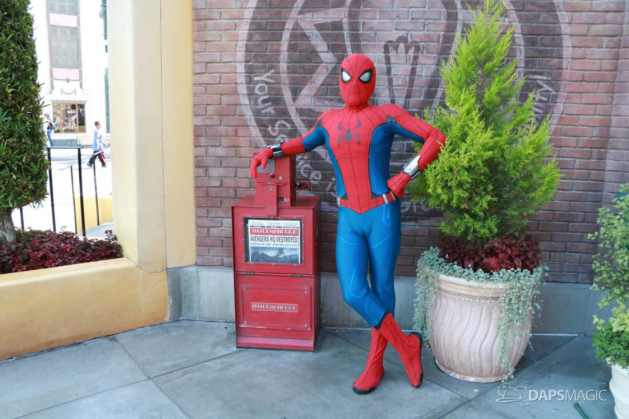 Spider-Man With New Suit at Disney California Adventure-9