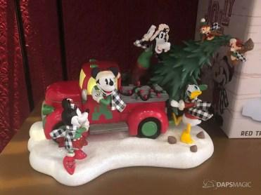 Disneyland Resort Holiday Merchandise 2019-18