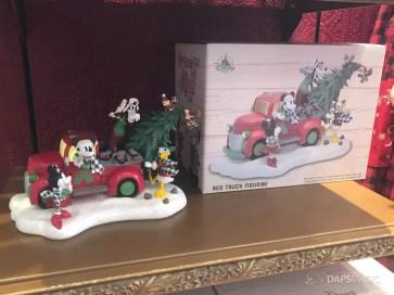 Disneyland Resort Holiday Merchandise 2019-19