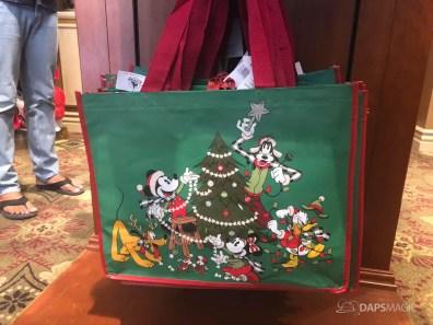 Disneyland Resort Holiday Merchandise 2019-25