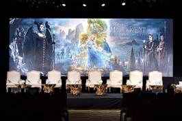"BEVERLY HILLS, CALIFORNIA - SEPTEMBER 30: A view of the atmosphere at the global press conference for ""Disney's Maleficent: Mistress of Evil"" on September 30, 2019 in Beverly Hills, California. (Photo by Alberto E. Rodriguez/Getty Images for Disney)"