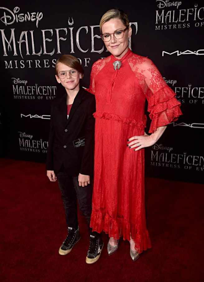"""HOLLYWOOD, CALIFORNIA - SEPTEMBER 30: (L-R) William Robert Cowles and Producer Kathleen Robertson attend the World Premiere of Disney's """"Maleficent: Mistress of Evil"""" at the El Capitan Theatre on September 30, 2019 in Hollywood, California. (Photo by Alberto E. Rodriguez/Getty Images for Disney)"""