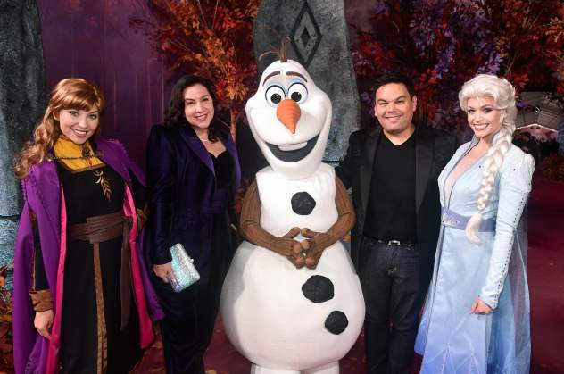 "HOLLYWOOD, CALIFORNIA - NOVEMBER 07: (L-R) Anna, Songwriter Kristen Anderson-Lopez, Olaf, songwriter Robert Lopez, and Elsa attend the world premiere of Disney's ""Frozen 2"" at Hollywood's Dolby Theatre on Thursday, November 7, 2019 in Hollywood, California. (Photo by Alberto E. Rodriguez/Getty Images for Disney)"