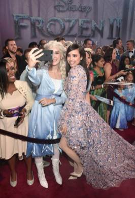 """HOLLYWOOD, CALIFORNIA - NOVEMBER 07: Sofia Carson attends the world premiere of Disney's """"Frozen 2"""" at Hollywood's Dolby Theatre on Thursday, November 7, 2019 in Hollywood, California. (Photo by Alberto E. Rodriguez/Getty Images for Disney)"""
