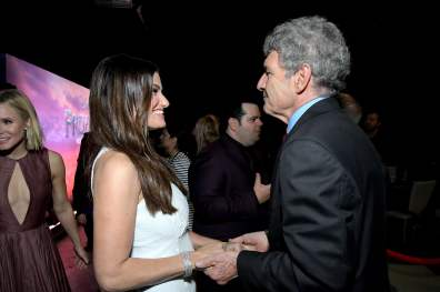 """HOLLYWOOD, CALIFORNIA - NOVEMBER 07: (L-R) Actress Idina Menzel and Co-Chairman and Chief Creative Officer of The Walt Disney Studios Alan Horn attends the world premiere of Disney's """"Frozen 2"""" at Hollywood's Dolby Theatre on Thursday, November 7, 2019 in Hollywood, California. (Photo by Charley Gallay/Getty Images for Disney)"""