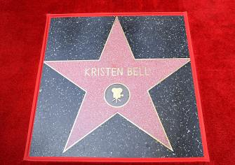 LOS ANGELES, CALIFORNIA - NOVEMBER 19: The double Walk of Fame ceremony in Hollywood, Calif., where Kristen Bell and Idina Menzel from Disney's FROZEN 2 were each presented with a star on the Hollywood Walk of Fame on November 19, 2020. (Photo by Charley Gallay/Getty Images for Disney )