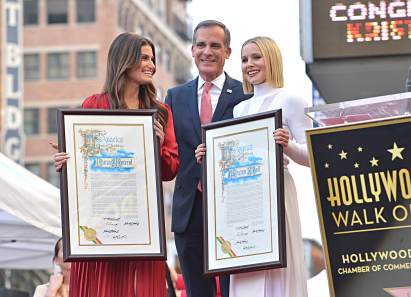 LOS ANGELES, CALIFORNIA - NOVEMBER 19: Mayor of Los Angeles Eric Garcetti attends the double Walk of Fame ceremony in Hollywood, Calif., where Kristen Bell and Idina Menzel from Disney's FROZEN 2 were each presented with a star on the Hollywood Walk of Fame on November 19, 2020. (Photo by Charley Gallay/Getty Images for Disney )