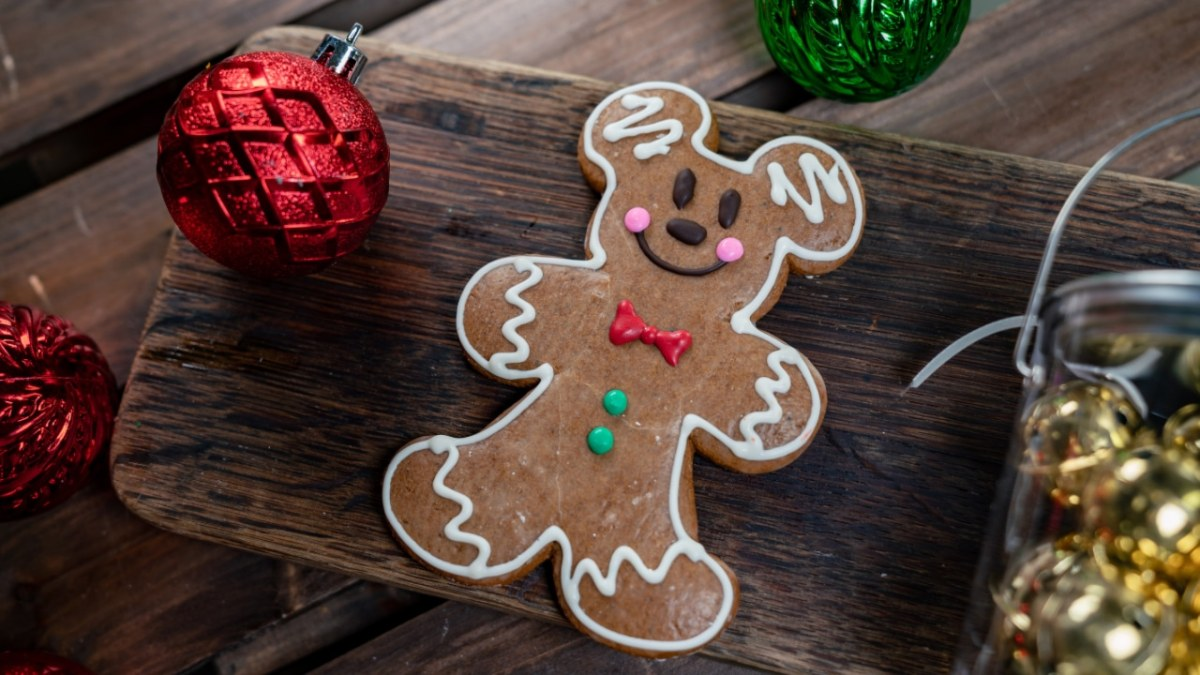 Disneyland Resort Food and Beverage Makes the Holiday Season Even More Merry and Bright