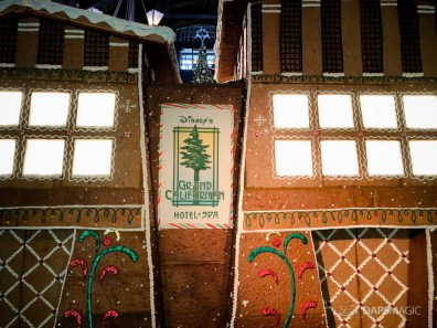 Grand Californian Hotel and Spa Gingerbread House-11