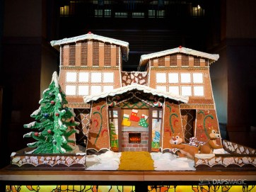 Grand Californian Hotel and Spa Gingerbread House-3