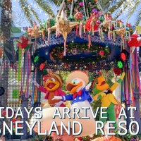 Holidays Arrive at the Disneyland Resort!