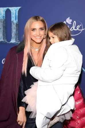 "HOLLYWOOD, CALIFORNIA - NOVEMBER 07: (L-R) Ashlee Simpson and Jagger Snow Ross attend the world premiere of Disney's ""Frozen 2"" at Hollywood's Dolby Theatre on Thursday, November 7, 2019 in Hollywood, California. (Photo by Jesse Grant/Getty Images for Disney)"