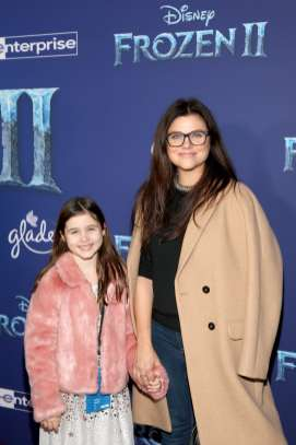 "HOLLYWOOD, CALIFORNIA - NOVEMBER 07: (L-R) Harper Renn Smith and Tiffani Thiessen attend the world premiere of Disney's ""Frozen 2"" at Hollywood's Dolby Theatre on Thursday, November 7, 2019 in Hollywood, California. (Photo by Jesse Grant/Getty Images for Disney)"