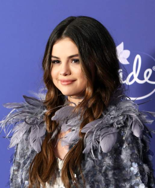 """HOLLYWOOD, CALIFORNIA - NOVEMBER 07: Selena Gomez attends the world premiere of Disney's """"Frozen 2"""" at Hollywood's Dolby Theatre on Thursday, November 7, 2019 in Hollywood, California. (Photo by Jesse Grant/Getty Images for Disney)"""