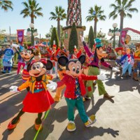 Mickey's Happy Holidays Brings Extra Holiday Cheer to Disney California Adventure!