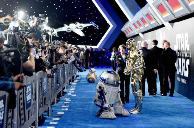 "HOLLYWOOD, CALIFORNIA - DECEMBER 16: (L-R) BB-8, R2-D2, and C-3PO arrive for the World Premiere of ""Star Wars: The Rise of Skywalker"", the highly anticipated conclusion of the Skywalker saga on December 16, 2019 in Hollywood, California. (Photo by Alberto E. Rodriguez/Getty Images for Disney)"