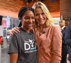"""2020 Disney Dreamers Academy student Myah Mitchell (left) appears with Sara Haines, co-host of """"GMA3: Strahan, Sara & Keke,"""" Jan. 16, 2020, on the set of the show in New York City. (Walt Disney Television/Lorenzo Bevilaqua)"""