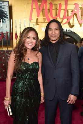 HOLLYWOOD, CALIFORNIA - MARCH 09: Diana Chan and Jason Scott Lee attend the World Premiere of Disney's 'MULAN' at the Dolby Theatre on March 09, 2020 in Hollywood, California. (Photo by Alberto E. Rodriguez/Getty Images for Disney)
